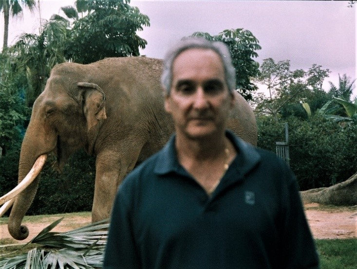 photo of Ira Fischer with African elephant